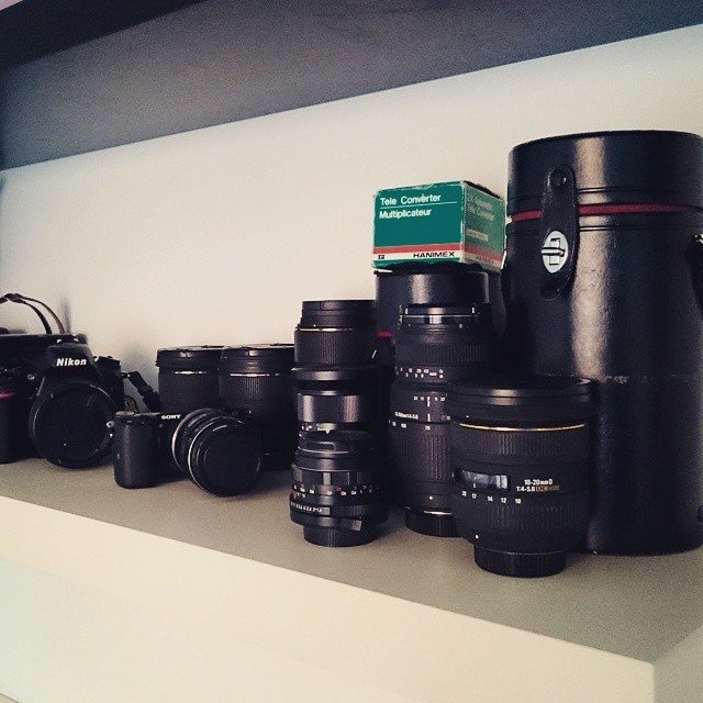 Kilo kaupalla kameraa vai jotain pientä sievää?